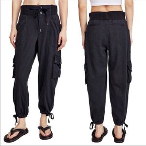Free People Semi-Charmed Jogger Pants Size M